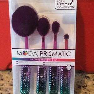 Mode Prismatic MakeUp Iridescent Brushes